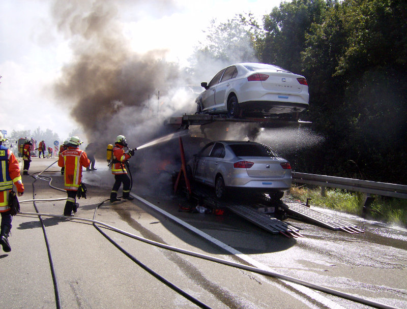 Autotransporter ausgebrannt